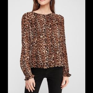 NWT Express Extra Large Leopard Print Pleated Top